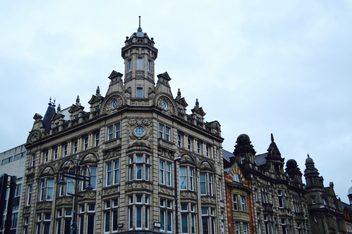A DAY IN LEEDS (+MY FEBRUARY FAVOURITEOUTFIT)